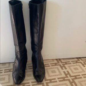 Shoes - Van Eli calf skinned boots size 6